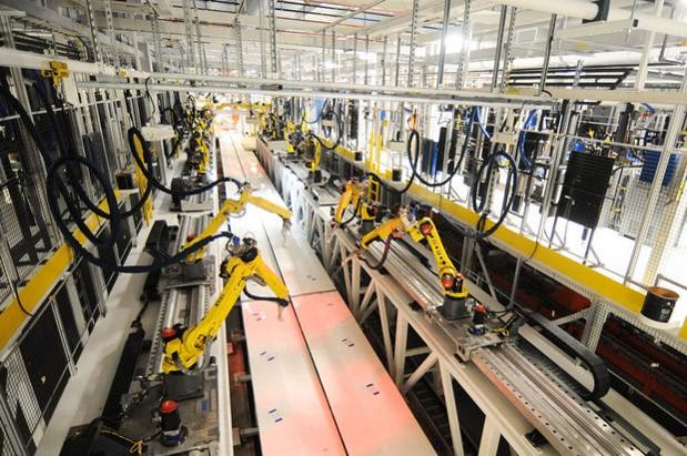 Rail-mounted Robotic Sealing System 1